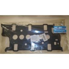 Прокладка впускного коллектора FORD Sierra XR4i 2.8[Mot-V6] 83-; Scorpio 2.8[V6-EFI] 85   13069700   AJUSA