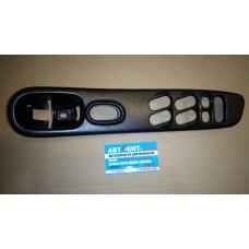 Накладка панели управления левой двери   8096185E00   NISSAN