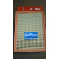 Фильтр воздушный Volvo 940, 960, S90 2.0-2.9 90-98 AP065   FILTRON